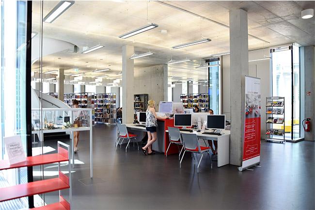 Foto von der Bibliothek